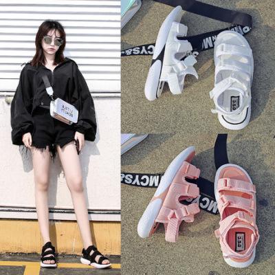 凉鞋女轻便时尚夏季运动沙滩鞋子2019新款时尚学生百搭平底罗马鞋
