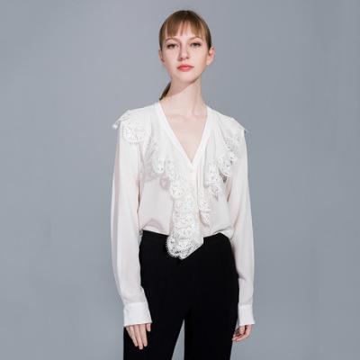 2019春季新款女装衬衫轻熟风刺绣花边纯色真丝衬衣 长袖V字领开衫