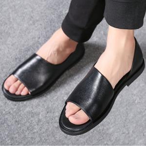 凉鞋男真皮2019新款夏季男士软底沙滩鞋韩版个性潮罗马皮凉鞋男鞋