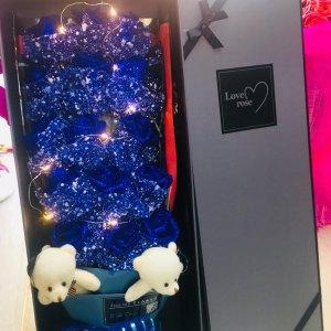 蓝色妖姬礼盒装15朵