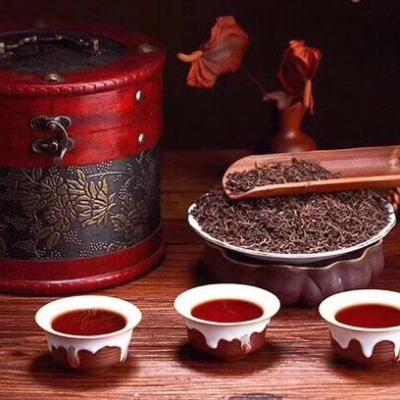 10年左右云南古树普洱熟茶宫廷料金芽普洱茶送礼礼盒木桶装高档500克装